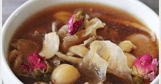 Herbal And Rose Chicken Soup Chinese Soup Recipes, Asian Recipes, Ethnic Recipes, Chicken Soup, Chicken Recipes, Herb Soup, Apple Soup, Healthy Food, Healthy Recipes