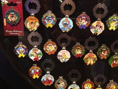 Disney Resort Holiday Wreath 2016 Pins!