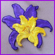 Large Lilly Applique - Free Instant Machine Embroidery Designs