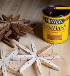 bricolage de Noël en bois flacons de neige en pinces à linge