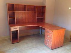 Duże biurko z nadstawką i dostawianymi szufladami