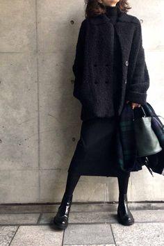 Over 60 Fashion, Work Fashion, Daily Fashion, Fashion Outfits, Womens Fashion, Fall Winter Outfits, Winter Fashion, Korean Girl Fashion, All Black Outfit