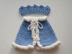 Een mooie foto prop voor een mooie kleine prins!  U kunt de einddatum van de capes in bont https://www.etsy.com/ru/listing/295117743/newborn-monarch-crochet-setking-crown?ref=shop_home_active_47 of pompoenen.  Zorg: hand wash, koud water, mild afwasmiddel, droog flat.  Bedankt voor uw bezoek