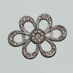 Rhinestone Belt Buckle 2 Piece Clip Daisy by ChicMouseVintage