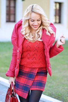 Red down jacket, plaid asymmetric skirt and Zara pumps - today on my #fashionblog www.it-girl.it #fashion #style #look #outfit #ootd #fashionblogger #blondie #blonde