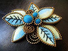 Felt and zipper leaf brooch   Flickr - Photo Sharing!