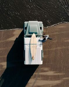 Surf lifestyle // surf mobile // beach truck // surfboards // beach life