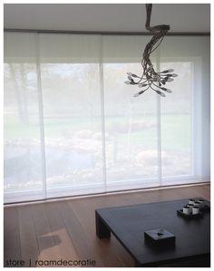 Realisatie schuifpanelen #storeleuven #interieur Modern, Windows, Home, Sheer Curtains, Dining Room, Corning Glass, Trendy Tree, Ad Home, Homes