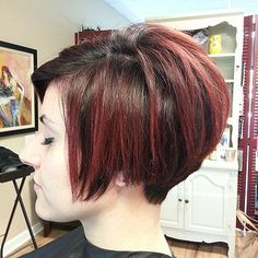 Graduated bob with lots of volume at the crown (18845 | by short hairstyles and makeovers)