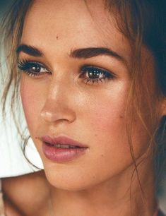 The Prettiest Natural Makeup Inspo For Your Weekend