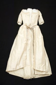Girl's open robe  National Trust Inventory Number 1348718 Date	1770 Materials	Linen, Silk, Silk taffeta Collection	Snowshill Wade Costume Collection, Gloucestershire (Accredited Museum)