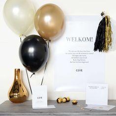 Basic Box | Glitter & Gold #verjaardag #retirement #jubileum #birthday #pensioenfeest #partybox #Beaublue