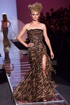 Versace Fall 2001 Couture Fashion Show: Complete Collection - Style.com
