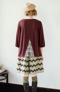 Fashion collection[ファッションコレクション]|後ろ水玉チュールのフリルがかわいい ほんのりパフスリーブトップスの会|フェリシモ