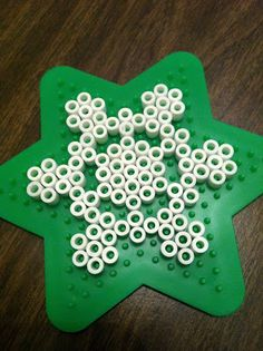 The Contemplative Creative: Kids Project : Snowflake Ornaments perler Perler Bead Designs, Hama Beads Design, Diy Perler Beads, Melty Bead Patterns, Hama Beads Patterns, Beading Patterns, Perler Bead Ornaments Pattern, Snowflake Ornaments, Beaded Ornaments