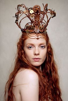 """Mechanical Crown"" headpiece by Candice Angélini www.candiceangelini.com  Photography by Claudia Wycisk http://www.cwphoto.de/   Model: Kathrin"