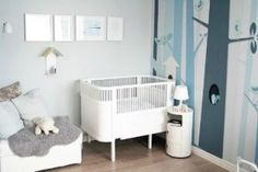 This small but super-chic little nursery was featured on Spearmint Baby recently and I think it is so lovely! Kids Room Design, Nursery Design, Baby Boy Rooms, Baby Room, Nursery Room, Kids Bedroom, Navy Nursery, Scandinavian Kids Rooms, Scandinavian Style