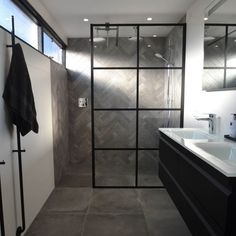 Bad Inspiration, Bathroom Inspiration, Bathroom Ideas, House Plans, Bathtub, Bedroom, Toilet, Interior, Spaces