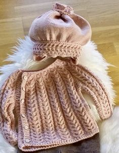 Crochet Baby Hat Patterns, Baby Cardigan Knitting Pattern, Crochet Baby Hats, Knitting Patterns Free, Free Knitting, Knitted Hats, Crochet Hedgehog, Newborn Crochet, Kids Patterns