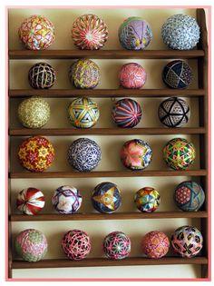 paguhana collection cabniet display