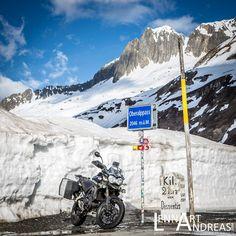 いいね!223件、コメント10件 ― Lennart Andreas - Photographyさん(@lennartandreas_com)のInstagramアカウント: 「Dear Oberalp Pass, many thanks for the great moments today. We'll be back. Soon. Very soon. --- Our…」