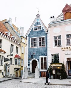 Adoring the gorgeous, colorful architecture in Tallinn, Estonia. How quaint, sweet, and charming are these buildings? What a dream vacation. Oh The Places You'll Go, Places To Travel, Travel Destinations, Travel Europe, Euro Travel, Overseas Travel, Urbane Fotografie, Magic Places, Grande Hotel