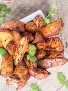Ultimate Roasted Potato Wedges recipe - with a secret for guaranteeing they are perfectly crispy on the outside yet so soft on the inside every single time! Sweet Potato Quinoa Salad, Roasted Potato Wedges, Potato Wedges Recipe, Roasted Potatoes, Quinoa Bowl, Chickpea Salad, Potato Recipes, Vegetable Recipes, Vegetarian Recipes