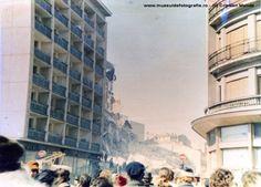 1977 Blocul Nestor de oe Calea Victoriei, oarecum vizavi de Hotel Hilton, pe locul H. Bucuresti. Avea la parter o cofetarie celebra Bucharest Romania, Eastern Europe, Nostalgia, Multi Story Building, Louvre, Street View, History, Cold War, Buildings