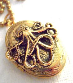 Locket love. Might need this in event my octopus cameo necklace bites the bucket since I wear it almost every single day.