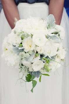 Favorite Bridal Bouquet (What is the small star like flower in this arrangement?) Thinking something like this with a little splash of blue/purple (lavender)?