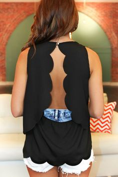 Women's Tops | uoionline.com: Women's Clothing Boutique SUPER CUTE!