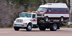 Classic Towing - Bolingbrook, IL Towing and Roadside Service - http://bolingbrook.classictowingservices.com