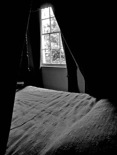 """""""Dearest Fanny ... They say I must remain confined to this room for some time. The consciousness that you love me will make a pleasant prison of the house next to yours."""" Keats's bedroom at Wentworth Place"""