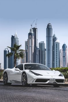 The Ferrari 488 GTB was unveiled at the 2015 Geneva Motor show and is currently in production. The car is an update for the Ferrari 458 with the 488 sharing some of the design an components. Ferrari 458, Ferrari 2017, Lamborghini Aventador, Luxury Sports Cars, Best Luxury Cars, Sport Cars, F12 Berlinetta, Car Wallpapers, Amazing Cars