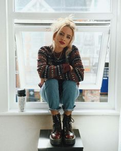 Cool girl oot fashion inspiration doc martens biker girl vintage fashion biker fashion inspiration martens vintage source by paulinetrbl edgy outfits Ootd Fashion, Fasion, Trendy Fashion, Fashion Trends, Fashion Women, Biker Fashion, Fashion Dresses, Vogue Fashion, Dresses Dresses