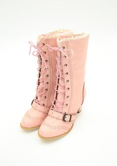 axes femme - pink boots