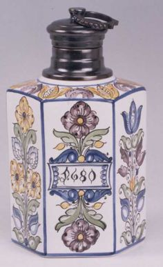 Hungarian Embroidery, Tea Caddy, Embroidery Patterns, Folk Art, Perfume Bottles, Ceramics, Antiques, Africa, Diy