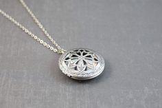 Diffuser Necklace - Essential Oil Locket - Locket Pendant - Aromatherapy Locket Jewelry - Essential Oil Diffuser - Perfume Locket