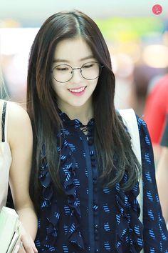 Irene #RedVelvet #IRENE #레드벨벳 Seulgi, Daegu, Korean Girl, Asian Girl, Korean Star, Rapper, Velvet Hair, Red Velvet Irene, Great Women