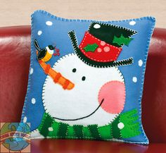 Shop for Pine Cone Snowman Pillow Felt Applique Get free delivery On EVERYTHING* Overstock - Your Online Sewing & Needlework Shop! Christmas Sewing, Noel Christmas, Christmas Pillow, Christmas Ornaments, Xmas, Christmas Cushions To Make, Applique Pillows, Felt Applique, Pillow Patterns