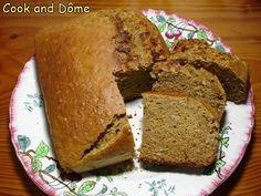 Un pain d'épices extrêmement moelleux grâce au cidre, à la courge spaghetti et à la compote. Il est parfumé aux «épices de la joie» d'Hildegarde de Bingen.