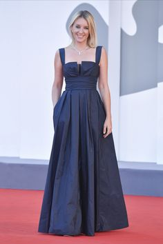 A picture of elegance, French actress Ludivine Sagnier wore a Dior Fall 2020 navy blue silk dress by Maria Grazia Chiuri to the closing ceremony of the 77th Venice Film Festival. Ludivine Sagnier, Blue Silk Dress, French Actress, Film Festival, Red Carpet, Evening Dresses, Dior, Maria Grazia, Gowns