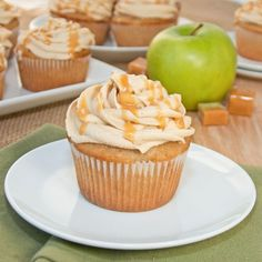 Sweet Pea's Kitchen » Caramel Apple Cupcakes & a Cake Mix Doctor Giveaway! (Makes me hungry and wish I didn't have a gluten allergy - I hope you can enjoy.)