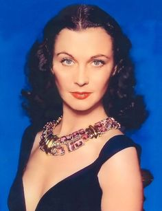 Magazine photos featuring Vivien Leigh on the cover. Vivien Leigh magazine cover photos, back issues and newstand editions. Golden Age Of Hollywood, Vintage Hollywood, Hollywood Glamour, Hollywood Stars, Classic Hollywood, Hollywood Icons, Vivien Leigh, Scarlett O'hara, Photo Romance