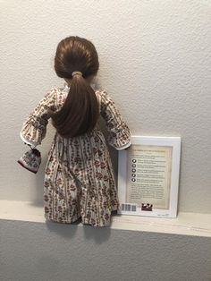 2009 INTRODUCING REBECCA AND HER WORLD RETIRED AMERICAN GIRL POSTCARD SET