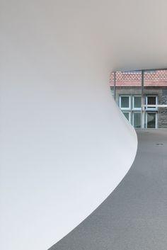 The Investcorp Building,© NAARO