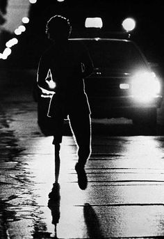 Marathon of Hope: Terry Fox Runs across Canada on One leg, one Marathon a day! Canadian Things, I Am Canadian, Canadian History, First Marathon, Canada Eh, Lest We Forget, True North, Photos, Pictures