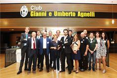 Il team ISC Group e Pulitekno presente durante l'evento.