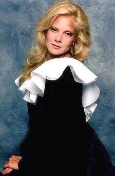 Vartan Sylvie, French Pop, Belle Photo, Aurora Sleeping Beauty, Ruffle Blouse, Singer, Actresses, Black And White, Portrait