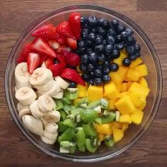 Fruit Salad Recipes, Appetizer Recipes, Dessert Recipes, Fruit Salads, Easter Recipes, Easy Fruit Salad, Rainbow Fruit Salad Recipe, Rainbow Salad, Fresh Fruit Salad